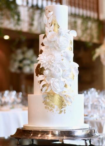 Classic Sugar Flowers Fondant Wedding Cake